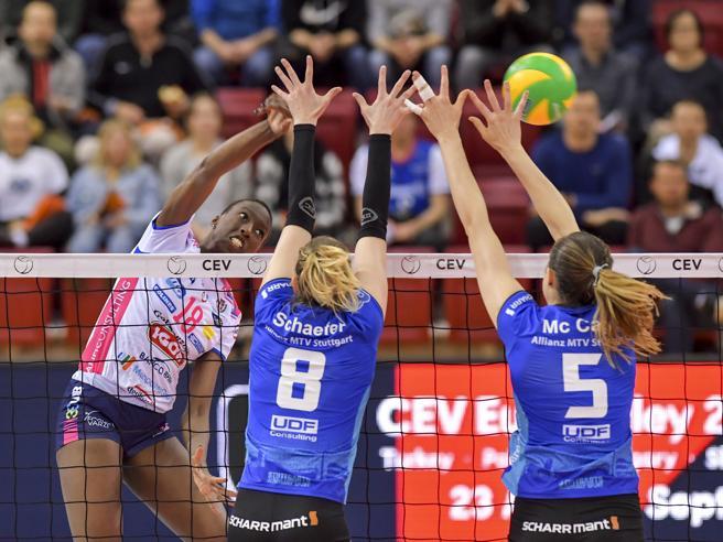 Pallavolo: 3-1 a Zenit Kazan,Civitanova è campione d'Europa