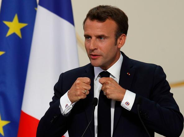 Elezioni europee, prime proiezioni in Francia: le Pen davanti a Macron