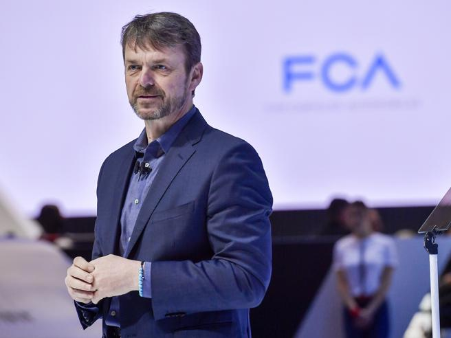 Nissan cauta sulla fusione Fca-Renault, ma non si oppone