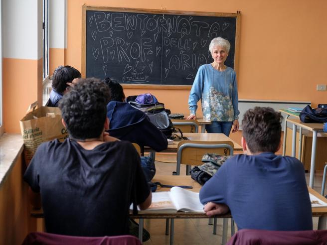 50.000 docenti in ruolo e abilitati, firmato accordo per PAS e concorsi