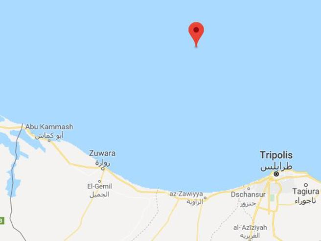 La Sea Watch soccorre 52 profughi al largo della Libia