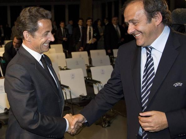 Francia, Sarkozy sarà processato per corruzione e favoritismo