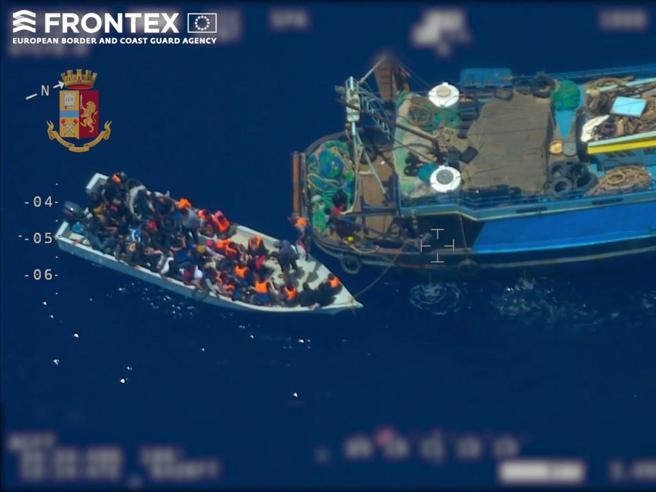 Sea Watch: indagata la capitana Carola Rackete