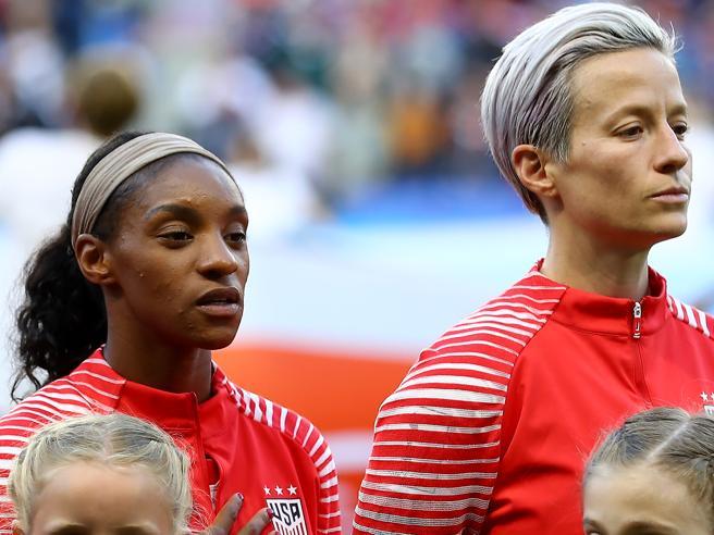 Mondiali di calcio femminili, Rapinoe non canta inno Usa: ira di Trump