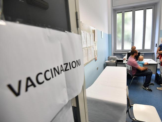 Con l'anagrafe vaccinale non serve più presentare a scuola i certificati vaccinali