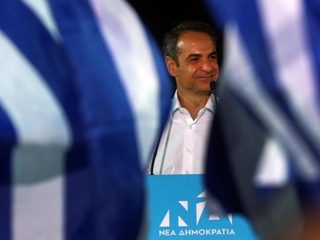 Grecia: finisce l'era Tsipras, vince il centrodestra di Mitsotakis