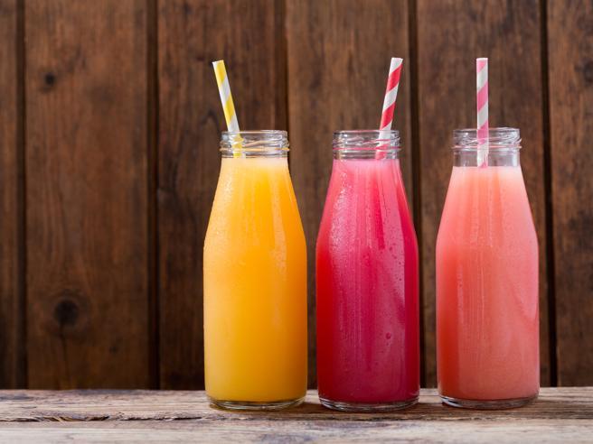 Le bibite zuccherate potrebbero aumentare il rischio tumori - Salute & Benessere