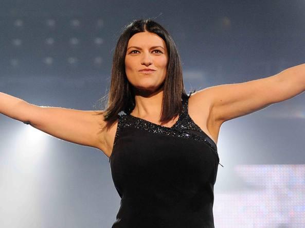 Bibbiano, Laura Pausini senza fiato: