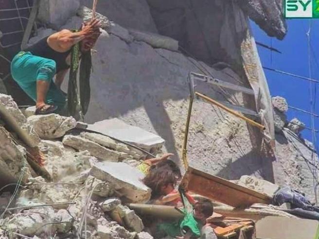 Siria: Onu, Bachelet denuncia vittime civili raid aerei governo - Cronaca