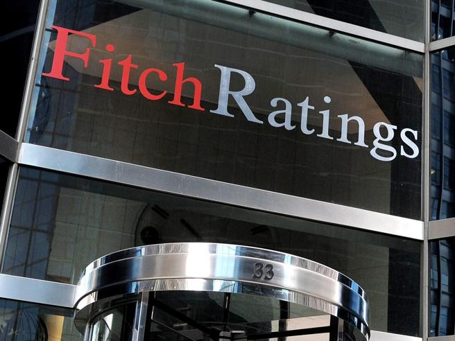 Fitch conferma rating BBB Italia con outlook negativo