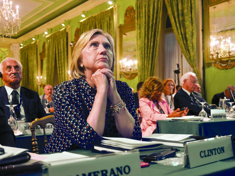 Venezia: Hillary Clinton a sorpresa visita la 'sua' mostra