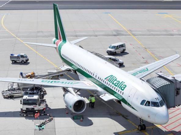Alitalia i sindacati Mancano i pezzi di ricambio. L'azienda È falso