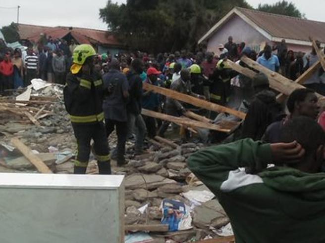 Kenya, crolla scuola a Nairobi: morti almeno 7 bambini