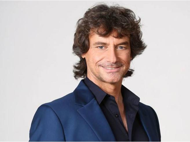 Alberto Angela batte Maria De Filippi: esultano i fan