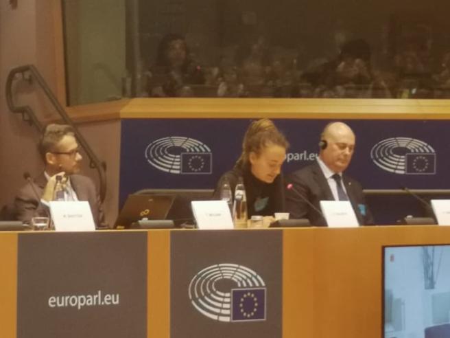 Carola Rackete al parlamento europeo: