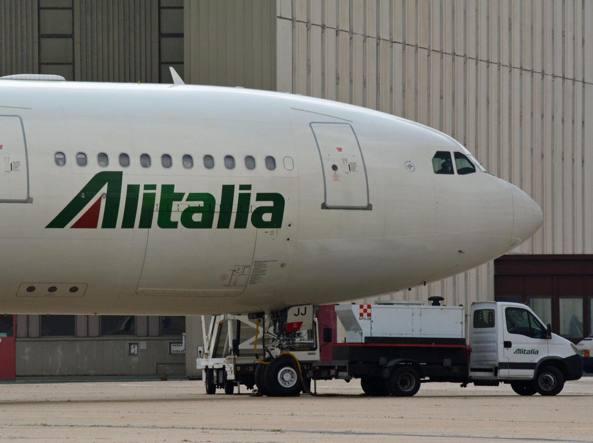 Alitalia, il futuro della compagnia in mano al Governo