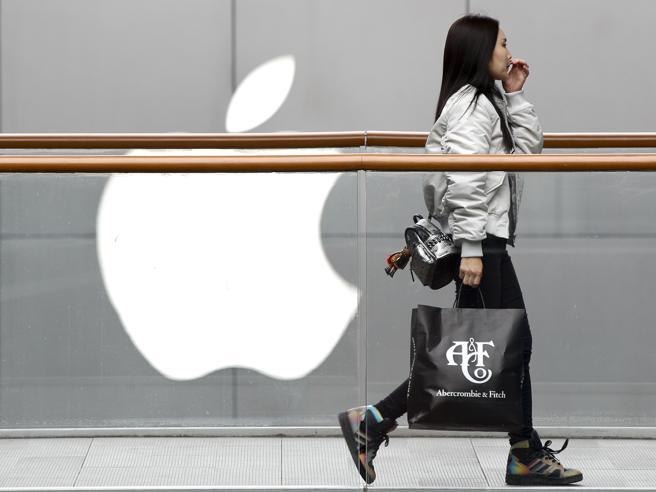 Hong Kong: Apple rimuoverà la app