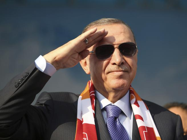 Tregua in Siria appesa all'incontro Erdogan-Putin di domani