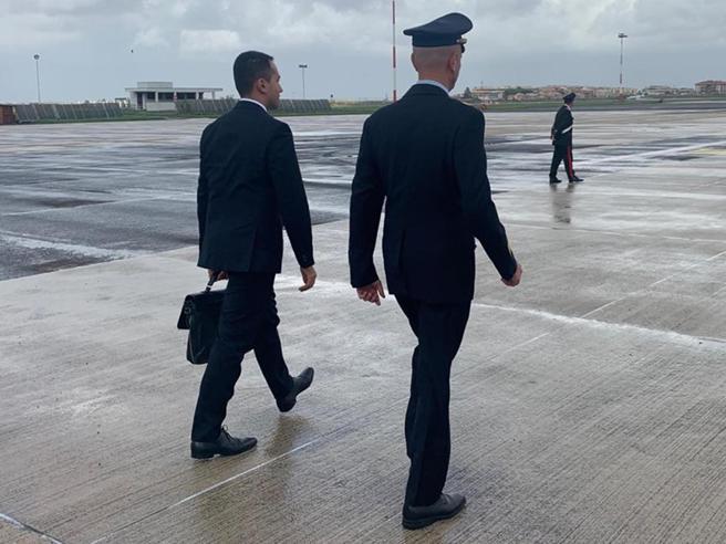 Cina, Di Maio siederà al tavolo con i capi di Stato