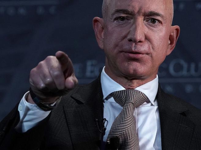 Cloud, Amazon contesta l'assegnazione a Microsoft del megacontratto del Pentagono