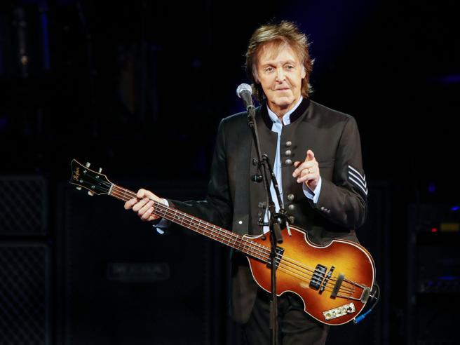 McCartney torna a Napoli dopo 29 anni