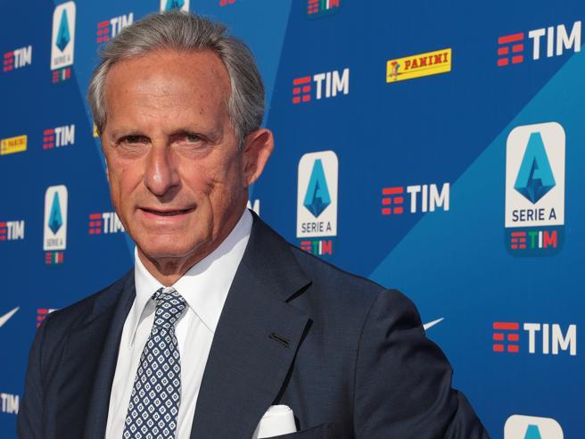 Micchichè si dimette da presidente della Lega Calcio