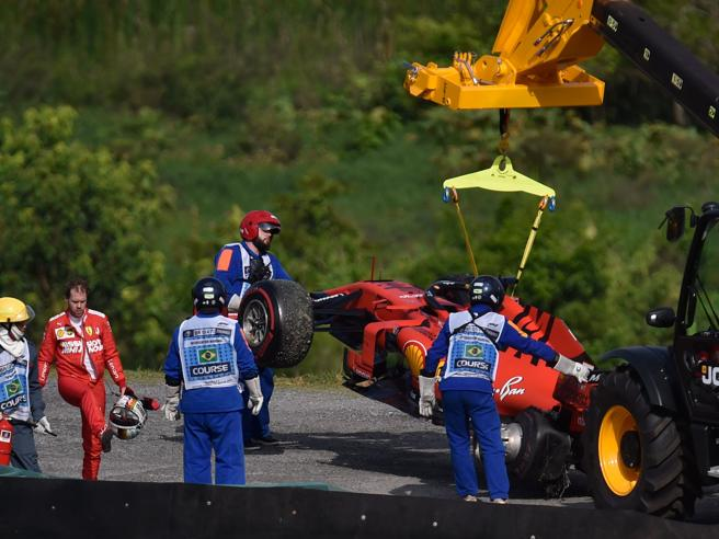 Ferrari, alla BBC la rassicurazione: pace fra Leclerc e Vettel