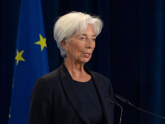 Lagarde segue orme Draghi: