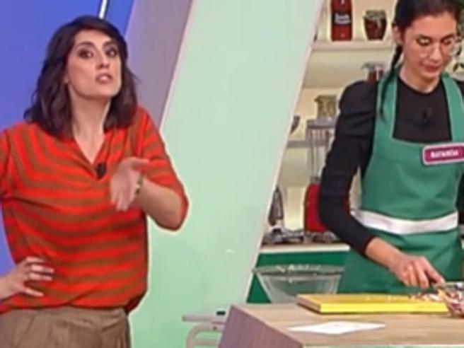 A 'La prova del cuoco' la concorrente che ringrazia il marito geloso per averla fatta partecipare alla trasmissione