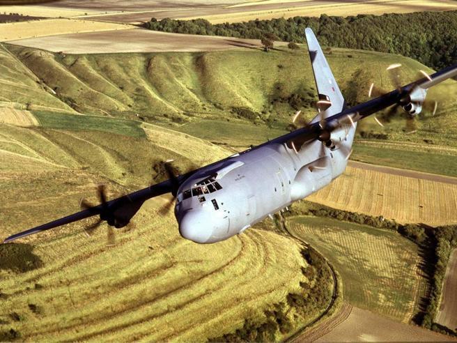 Scomparso aereo militare con 38 persone a bordo