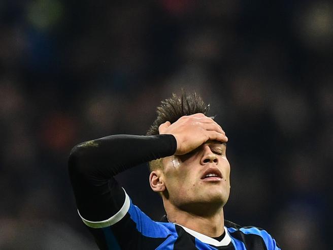 Napoli, la qualificazione agli ottavi porta 9,5 milioni di bonus