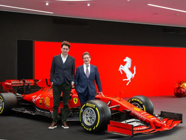 Ferrari, la supercar elettrica è rimandata al 2025