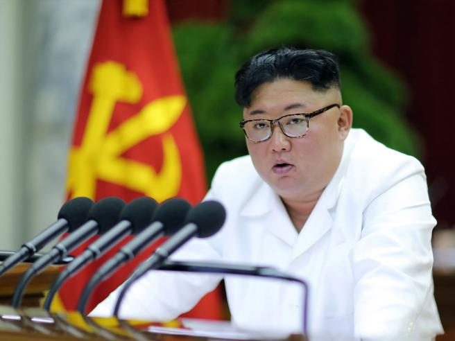 Corea del Nord, Kim Jong un riconosce grave situazione economica