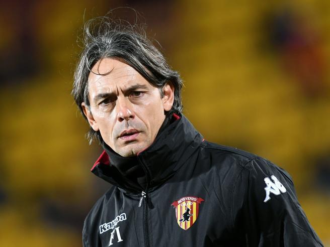 Benevento, trova il portafoglio di Filippo Inzaghi e lo consegna ai carabinieri