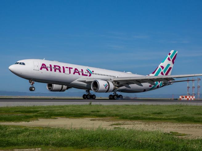 Air Italy, a casa 1.450 dipendenti. Valuta vendita singoli business