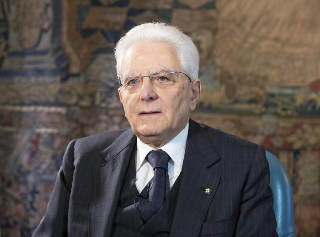 Nessuno si salva da solo: l'eco della Costituzione nelle parole di Mattarella
