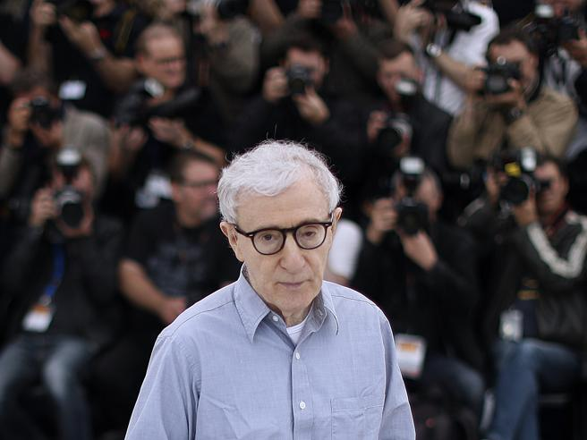 Libri: arriva in anteprima mondiale l'autobiografia di Woody Allen in ebook