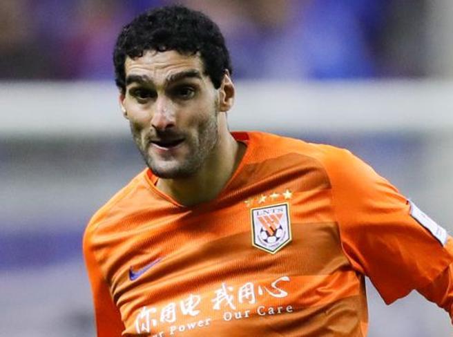 Coronavirus: primo calciatore positivo in Cina, è Fellaini
