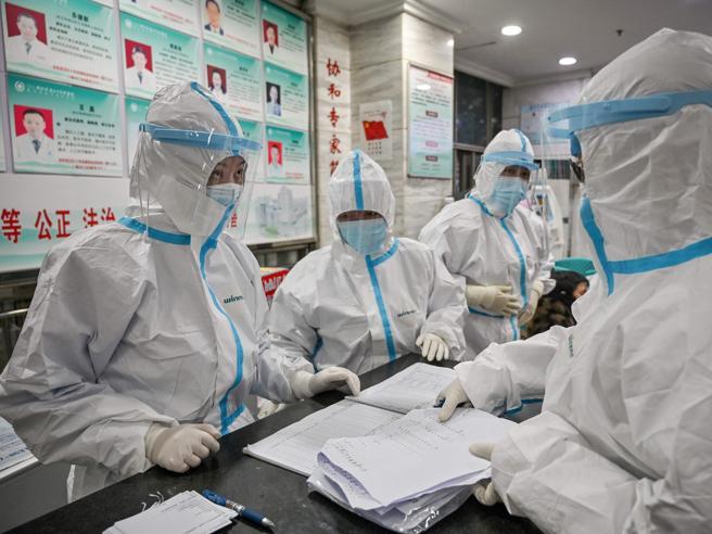 Coronavirus: i morti di Wuhan potrebbero essere decine di migliaia