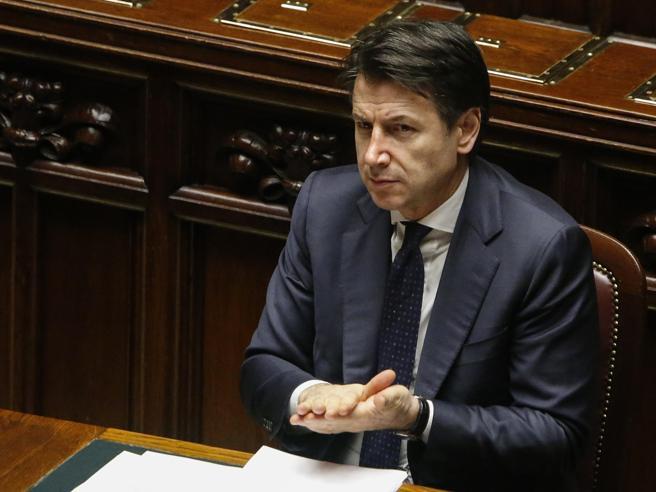 Coronavirus, Conte: «Non meno di 50 miliardi per famiglie e imprese. Serve shock, io in sintonia con Draghi». Salvini: «Crimine contro l'umanità se Cina ha coperto l'epidemia».