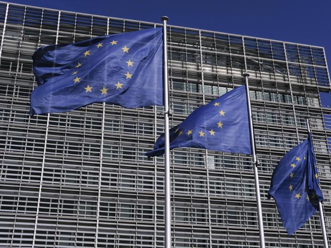 Conte, eurobond servono anche a Olanda