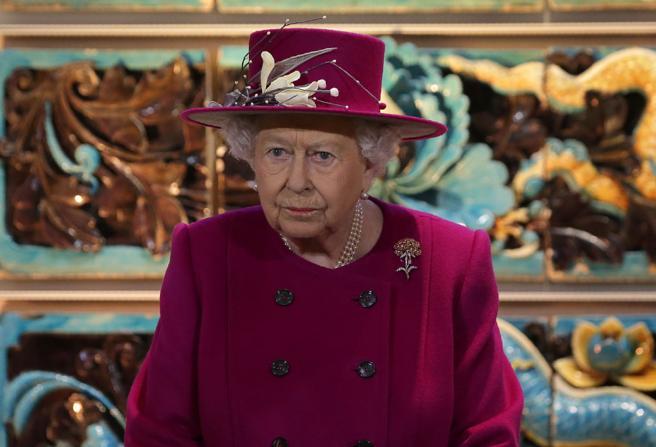 Coronavirus: messaggio della Regina Elisabetta ai sudditi
