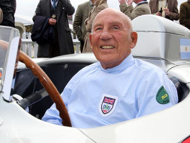Si è spento Stirling Moss, leggenda dell'automobilismo