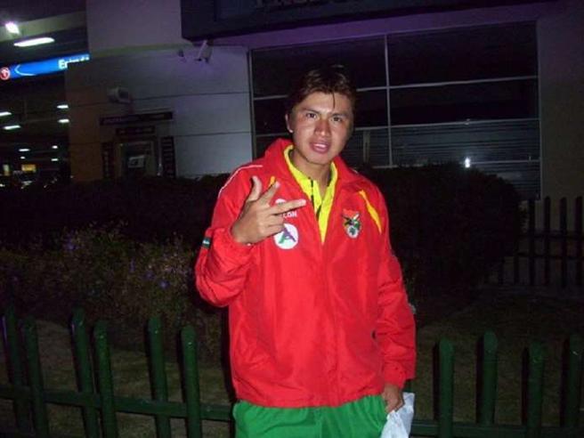 COVID, Primo calciatore morto: è il boliviano Guzman