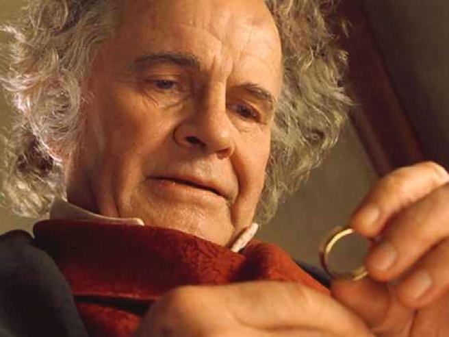 È morto Ian Holm, Bilbo Baggins del Signore degli anelli