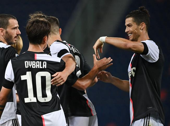 Bologna-Juventus, le formazioni ufficiali: Pjanic titolare, fuori Douglas Costa