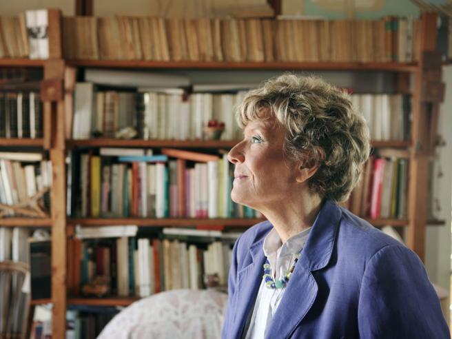 Dacia Maraini, nel  nuovo romanzo l'amicizia oltre la gelosia