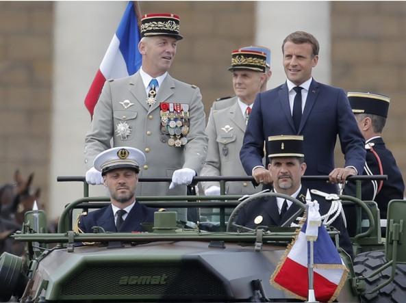 La resa di Macron:
