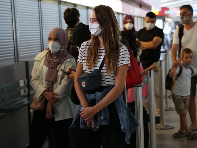 CORONAVIRUS: GERMANIA, tedeschi NEGLIGENTI e l'EPIDEMIA galoppa. Ecco COSA sta accadendo