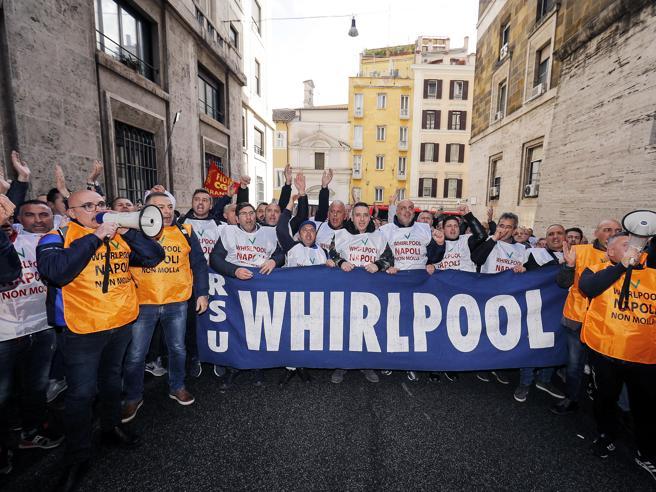 Whirlpool, a Napoli il piano B del governo con Adler e Htl Fitting